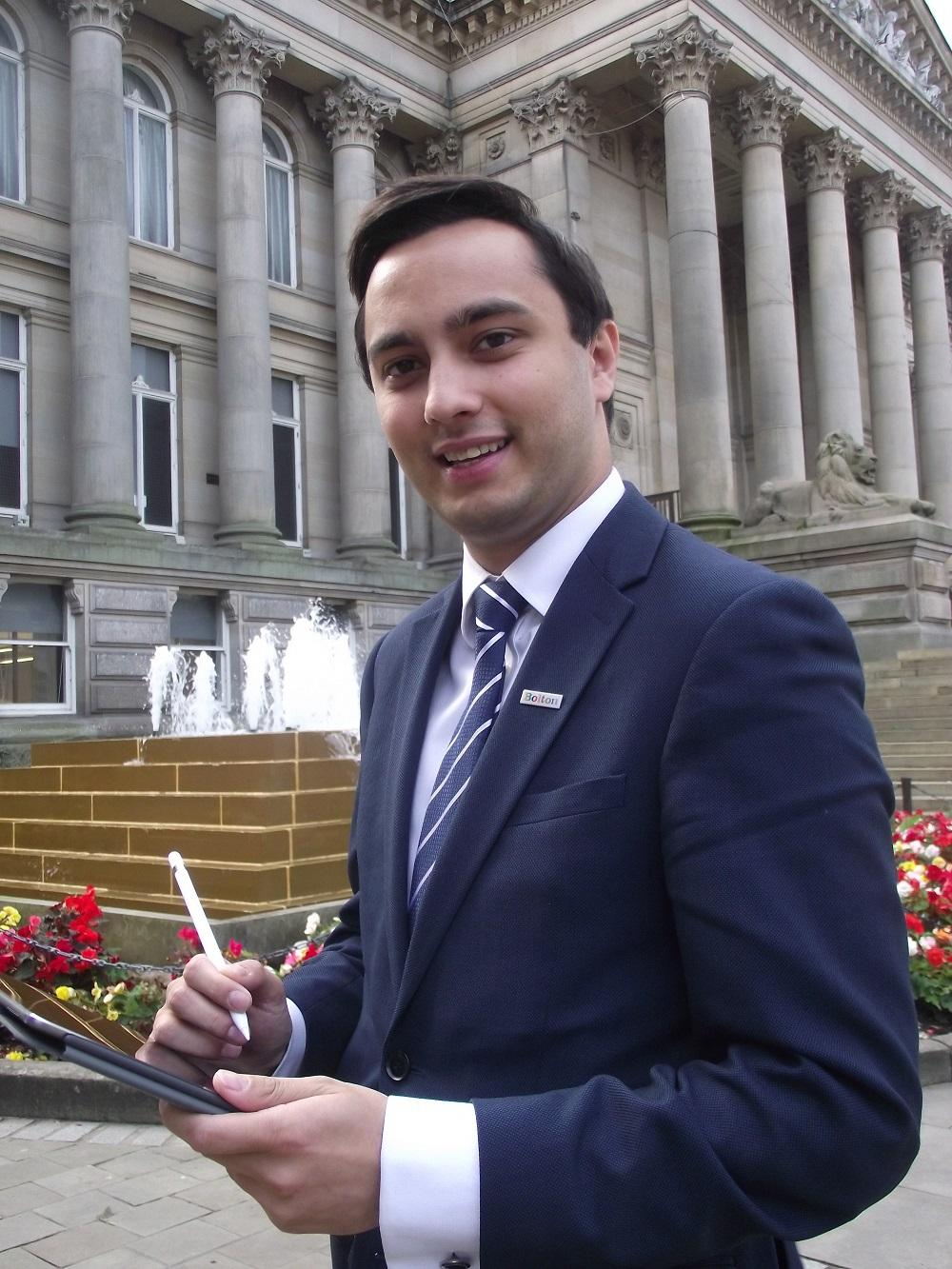 Cllr Nadim Muslim signs the Local Digital Declaration
